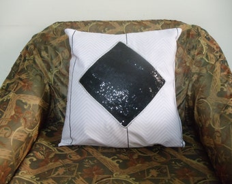 Black & white designer sequence pillow cover