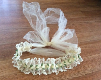 Lace  ruffle headband