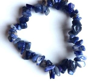 Sodalite blue gemstone chip bracelet