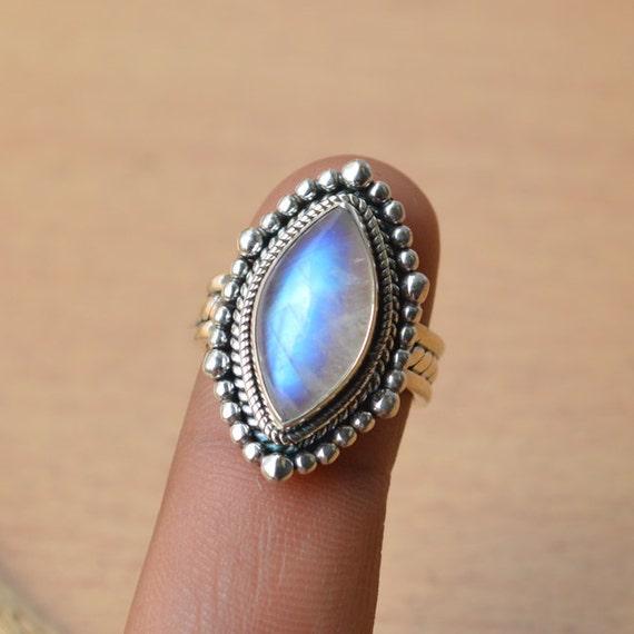 AAA Vibrant Rainbow Moonstone Gemstone Ring -Rainbow Moonstone Ring - Sterling Silver Rainbow Moonstone Ring - Lovely Gemstone Ring Size 7