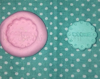 The written round cookie cookie mold large