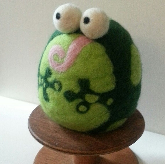 Felted weighted frog novelty bookend doorstop by plushandlush - Novelty doorstop ...