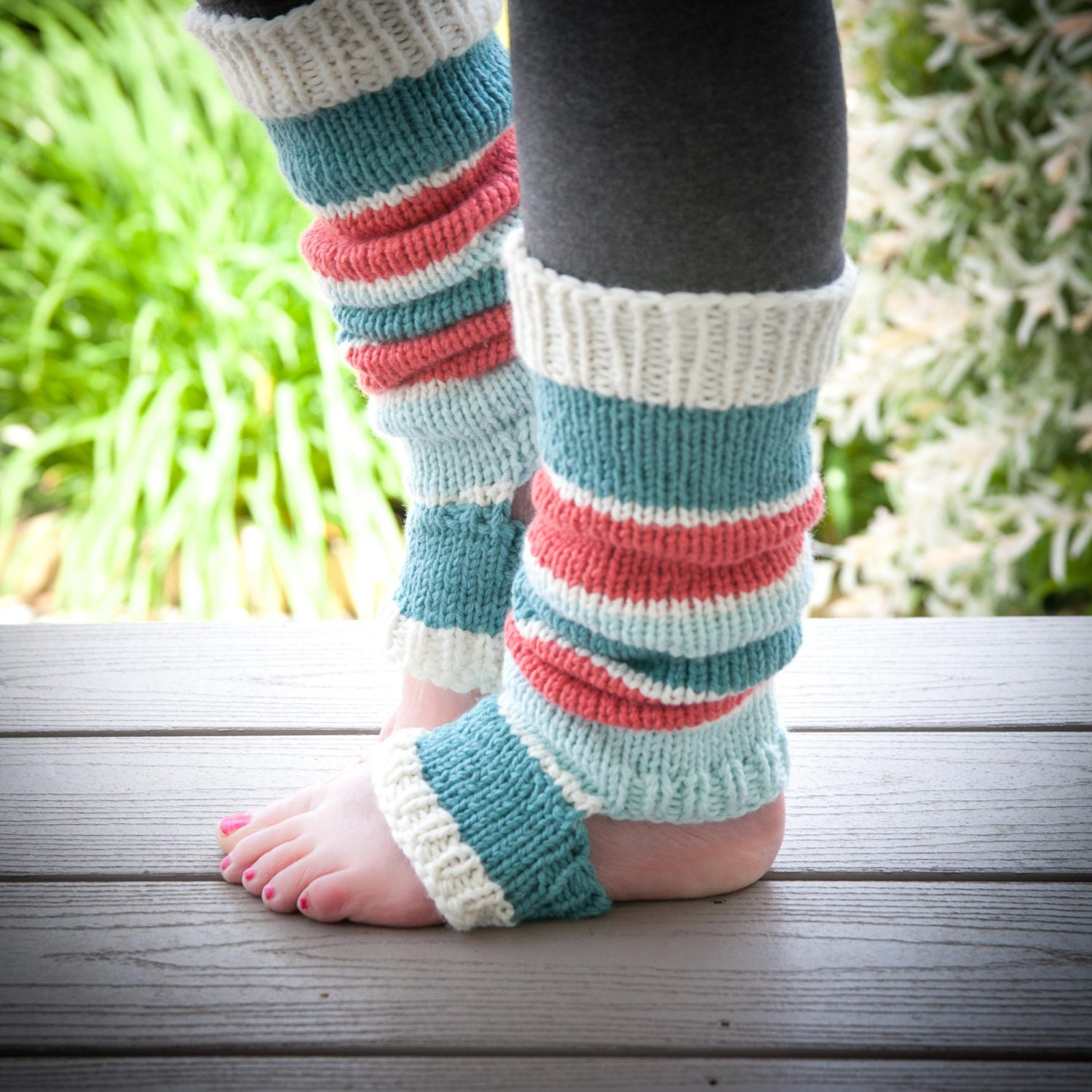 Loom Knitting Pattern For Leg Warmers : Loom knit legwarmer PATTERN loom knit yoga legwarmers loom