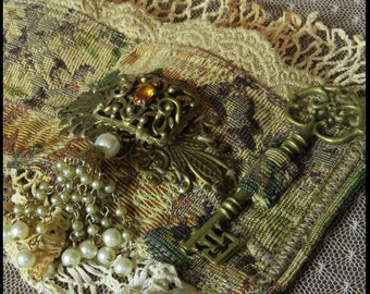 Steampunk Cuff TAPESTRY WRiST CUFF Victorian Cuff Vintage Ivory Lace & Pearls
