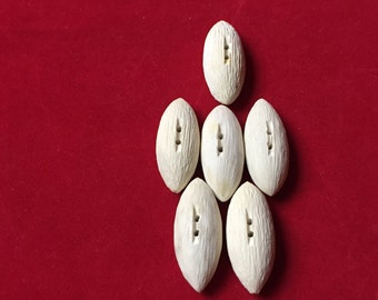 6 White Oval Faux Wood Grain Plastic Buttons