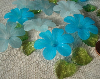 Promo! 20 Big Frosted Acrylic Flowers. Mix. 33x8mm Biggest Aqua and Turquoise Flower Beads. Lightweight & Lovely. ~USPS Ship Rates/ Oregon