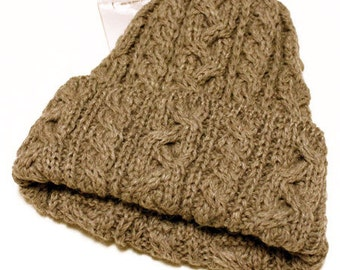 Highland2000 100% British wool cable hand knitting cap made in England