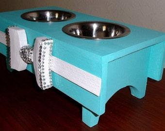Double dog/cat bowl