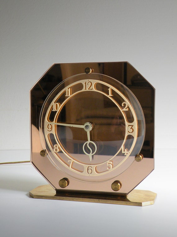 Table clock smiths sec art dec for Table 52 art smith