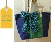 LARGE JUTE TOTE is Lined with same fabric as the Bow and has Vegan Leather Handles