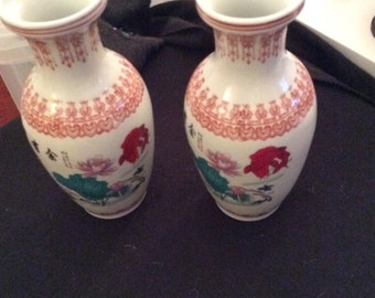 Matching pair of beautiful Satsuma vases?