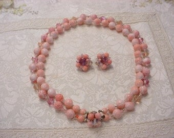 Beautiful Vintage Pink Bead Necklace and Earring Set ~ Clip On