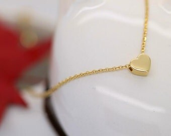 Simple 14K solid gold reversible heart pendant necklace for loved ones