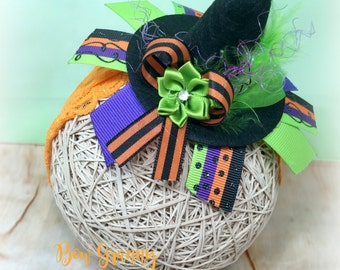 Small Witch Hat Hair Clip,  Witch Hat Clip, Witch Hat Bow, Halloween Bow, Halloween Hair Bow, Witch Hair Clip, Witch Clip