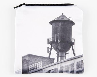 "Wallet ""Water tower"", 4.5 ""x 5"" photo icon of Montreal printed on satin, black & white"