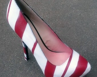 Candy Cane Heels / Christmas Shoes / Red & White Heels / Airbrush Pumps / Holiday Heels / Spiral Red Heels / Airbrush Shoes / Custom Pumps