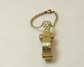 Vintage Glove Scarf Purse Clip, 1950's and 1960's,Victorian,Gold Tone. 5J-922.*FREE SHIPPING*