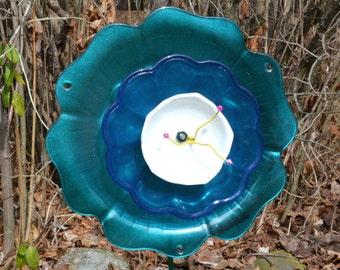 Garden Glass Flower, Teal Hibiscus Glass Plate Flower, Outdoor Art Sun Catcher, Glass Yard Art, Garden Decoration, Home Decor, Garden Art