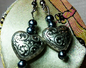 Vintage Silver Heart Earrings Bead Stamp Metal Drop Charm Pendant Fashion Accessory