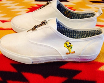 1999 Tweety Bird zip up white Ked's size 8 Looney Tunes