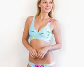 Hawaiian Holiday / Wonderment White Reversible Wrap Bikini Top