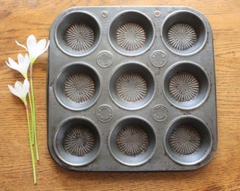 Vintage baking tray/tart tray Made in England