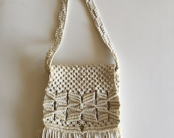 Macramé Vintage 70's Messenger Style Handbag Purse