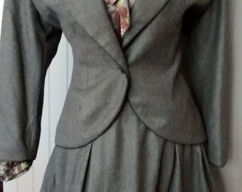 Designer vintage numbered Bernard Perris slate grey wool suit Paris haute couture sz 44
