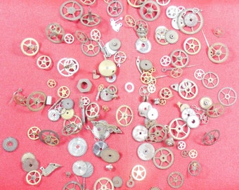 103  Vintage Steampunk Watch Gears Wheels Parts Altered Art.#-5