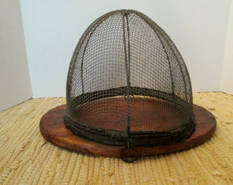 19th Century Kitchen Fly Screen With Oval Pine Base