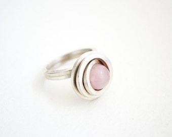 rose quartz ring, rose quartz wire wrap, pink quartz ring, pink quartz wire wrap, pink quartz, rose quartz, pink ring,
