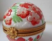 stunning rare vintage Limoges A.Raynaud porcelain hand painted trinket box