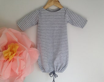 Baby night gown with adjustable end