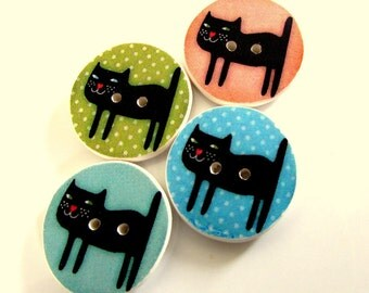 "Black cat buttons 19mm (3/4"")"