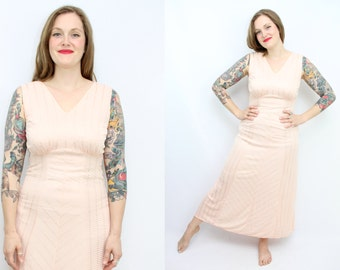 Vintage 40's 50's Pink Peach Rayon Night Gown / 50's Lingerie / Elegant / Luxite / Deadstock / Women's Size medium