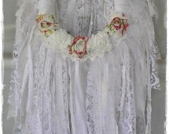 RAG Wreath Shabby Chic Boho Cottage Style - White Lace Tattered Bohemian Wedding [rw10-10]