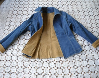 Reversible Suede and Denim jacket, Size Medium Front zipper gorgeous top stitching, too vintage for a brand, coffe color suede, travel ready