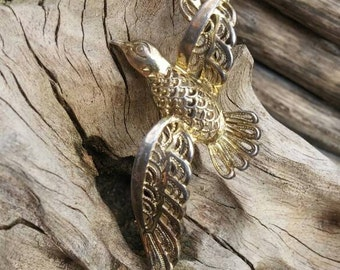 Antique gilded silver seagull bird brooch