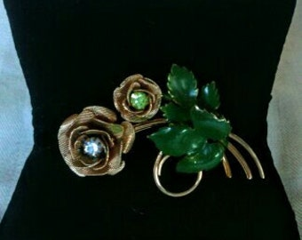 Lovely Little Rose Brooch With Rhinestones!!!!