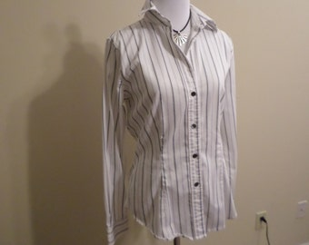 Classic Pinstriped Oxford Shirt Stretchy Cotton Blend Size M from The Limited