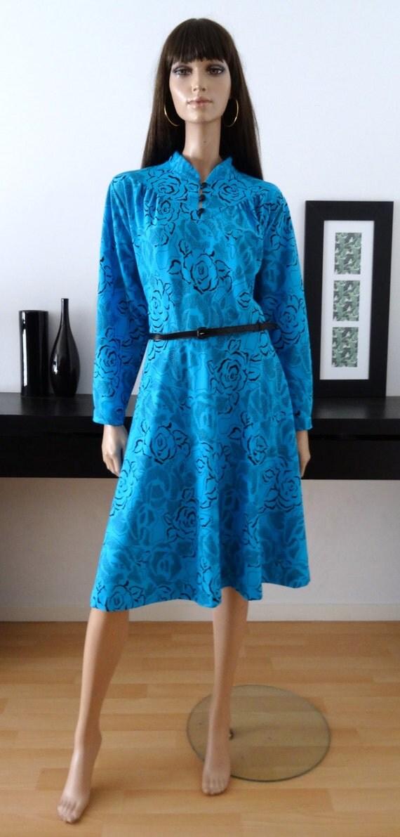 robe vintage bleu turquoise imprim fleuri noir by. Black Bedroom Furniture Sets. Home Design Ideas
