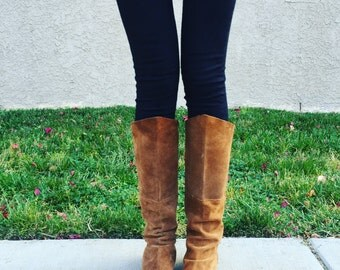 SALE Suede OTK Boots! Women's Vintage Boho Chic 70's Tan Suede Over the Knee Flat Boots Size 7.5/8