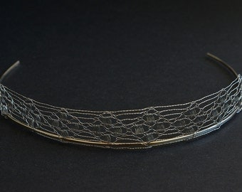 Wire lace headpiece