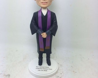 Priest Pastor Minister Reverend Rev Personalized Gift Custom Bobble Head Figurines Based on Customers' Photos Birthday Cake Topper Bday Gift