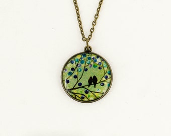 Green necklace Bird necklace Boho jewelry Animal wildlife Charm necklace Anniversary gift-for-girlfriend gift-for-wife birthday gift-for-mom