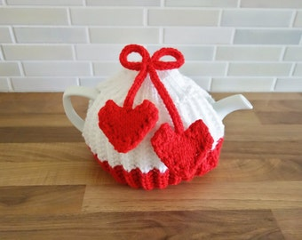 Red and White Tea Cosy - Heart Tea Cozy - Medium Cosy - Valentines Tea Cosy (MADE TO ORDER)