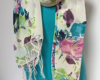 Floral on white fringed scarf