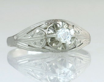 Antique Estate Vintage Art Deco .10ct Genuine Diamond 14K White Gold Engagement Ring 2.1g
