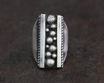 native american,ring,navajo jewelry,navajo,navajo ring,native american ring,Native American Jewelry, Vintage Navajo Sterling Silver Ring