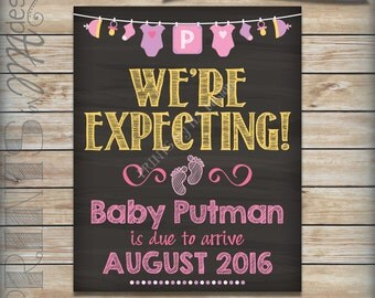 "It's a Girl Gender Reveal Pregnancy Announcement, Expecting a Girl, Pregnant with a Girl Reveal, PRINTABLE 8x10/16x20"" Chalkboard Style Sign"